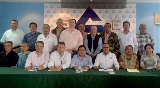 Jorge Osorio Velasquez, nuevo presidente de la CANACO Tuxtepec