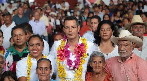 Gobierno de Alejandro Murat hace efectiva la política social en favor de las familias oaxaqueñas