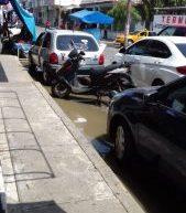 Gobierno de Tuxtepec rehabilita drenaje sanitario en avenida 20 de Noviembre