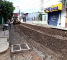 Calle Ocampo estrena drenaje, ahora comienza la pavimentación