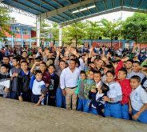 Con esfuerzo y contribución de todos mejoramos instalaciones escolares: Dávila